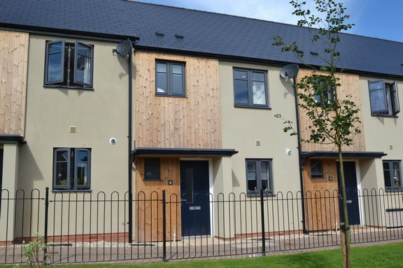 Thumbnail Terraced house to rent in Belmont Road, Tiverton