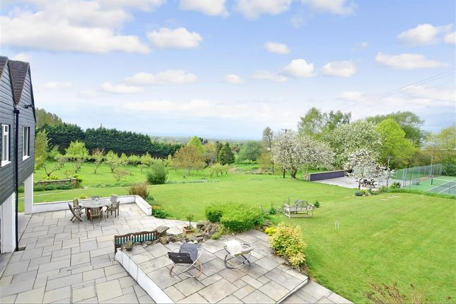 Thumbnail Detached house for sale in Yalding Hill, Yalding, Maidstone, Kent