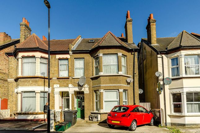 Thumbnail Flat to rent in Burgoyne Road, South Norwood