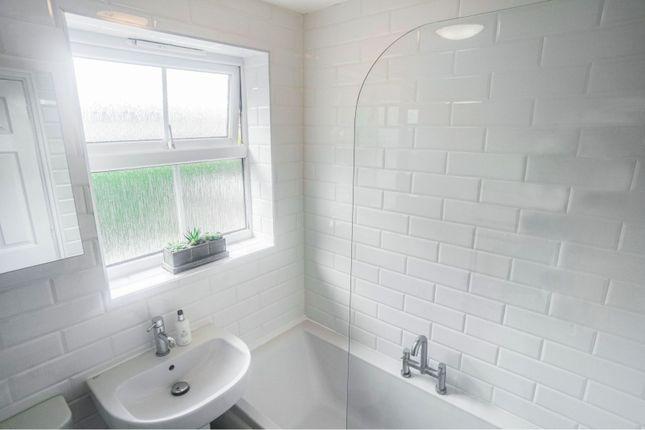 Bathroom of Fox Covert, Sudbrooke LN2