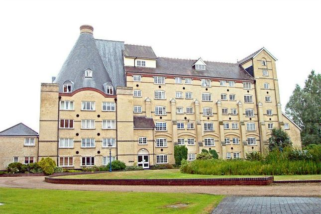 1 bed flat for sale in The Maltings, Sawbridgeworth, Herts