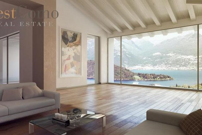 5 bed detached house for sale in Alto Lario, Lake Como, Lombardy, Italy