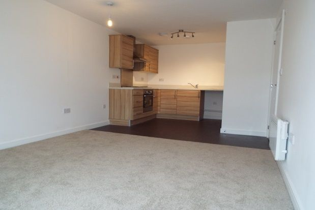 Thumbnail Flat to rent in Llys Nantgarw, Wrexham
