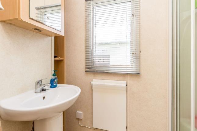 Bathroom of Birdlake Pastures, Crow Lane, Great Billing NN3
