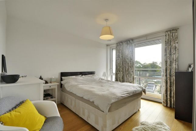 Bedroom of Lighterage Court, High Street, Brentford TW8