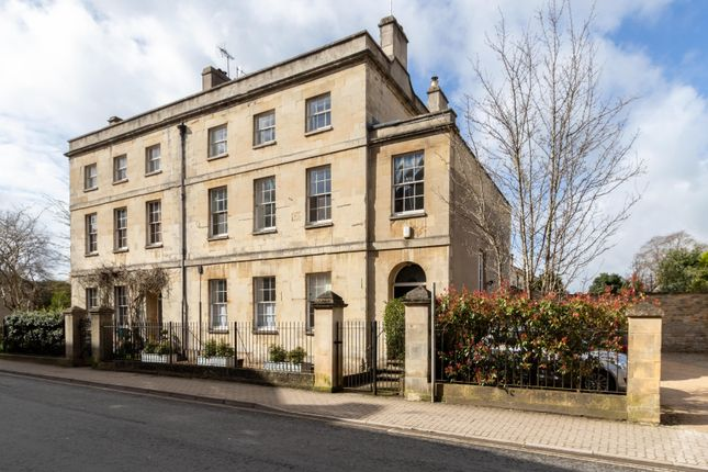 Thumbnail Semi-detached house for sale in Dollar Street, Cirencester, Gloucestershire
