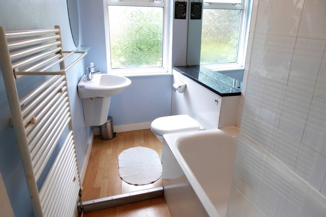 Bathroom 1 of Annandale Road, Greenwich, London SE10