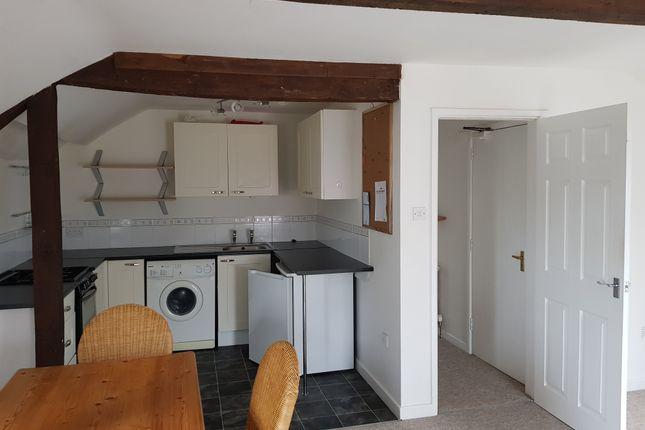 Thumbnail Flat to rent in Moorlands Road, Merriott, Somerset