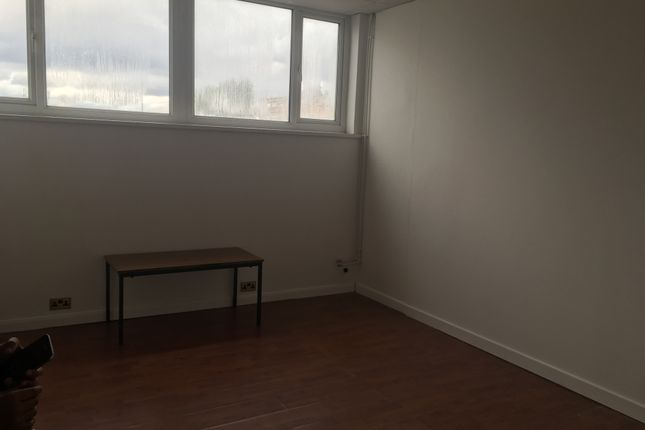 Office to let in Temple Road, Leicester