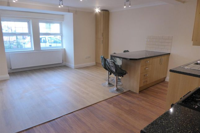 Thumbnail Flat to rent in Church Close, Bath Road, Hounslow