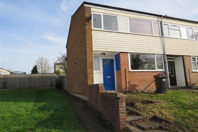 Thumbnail Property to rent in Lea Crescent, Newbold, Rugby