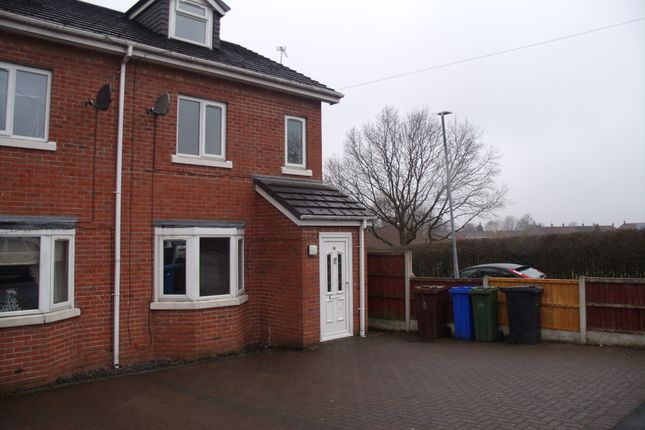 Thumbnail Semi-detached house for sale in Oakfield Road, Hyde