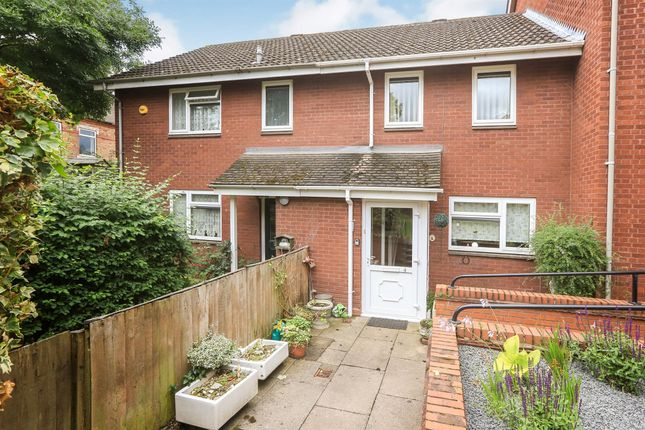 Terraced house for sale in Baxter Avenue, Kidderminster