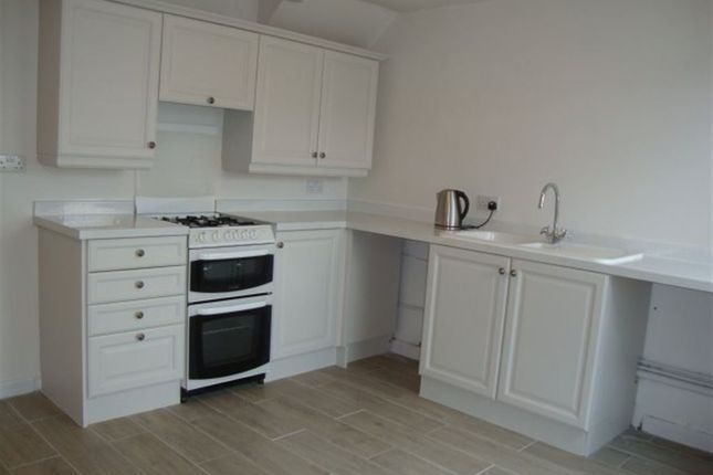 Thumbnail Terraced house to rent in Pilton Vale, Malpas