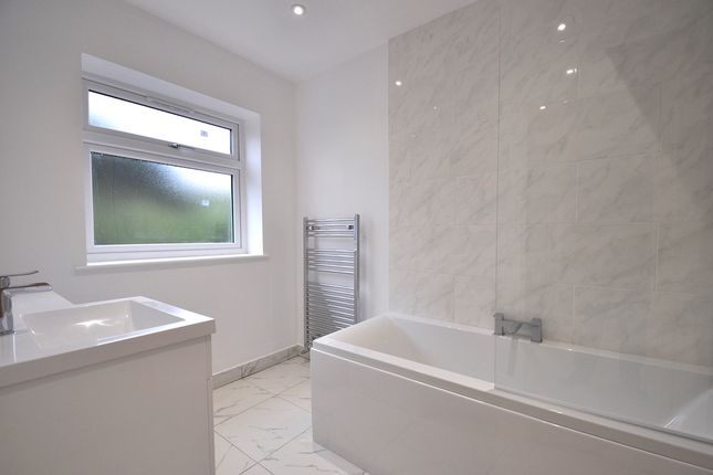 Family Bathroom of Totteridge Lane, High Wycombe HP13