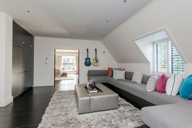 Teenage Suite of Yaffle Road, Weybridge KT13