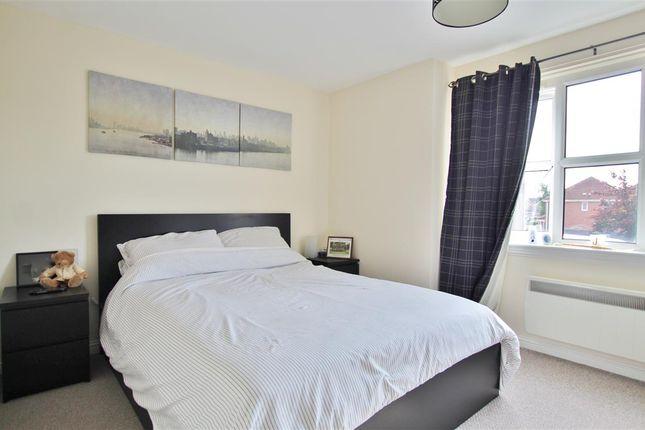 Master Bedroom of Canavan Court, Falkirk FK2