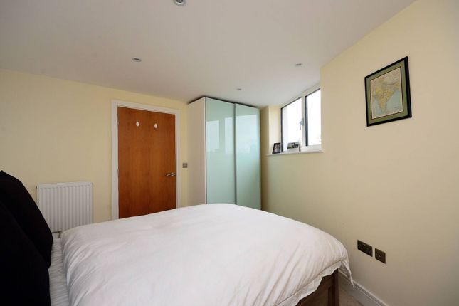 Thumbnail Flat for sale in Liberty Street, Stockwell