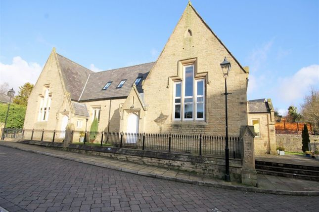 Thumbnail Flat to rent in School Street, Bromley Cross, Bolton
