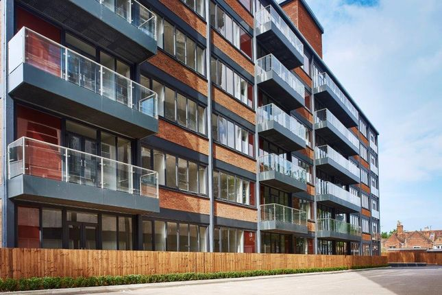 Thumbnail Flat for sale in West Stockwell Street, Colchester
