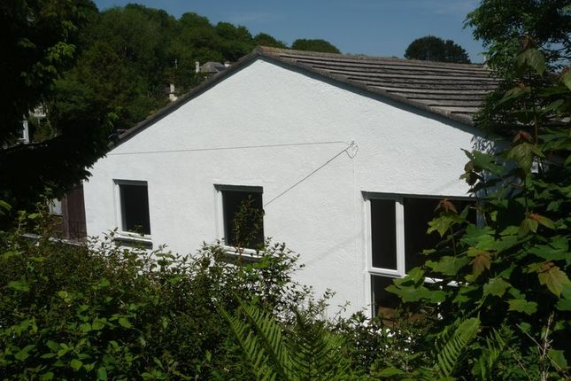 Thumbnail Flat to rent in West Looe Hill, Looe