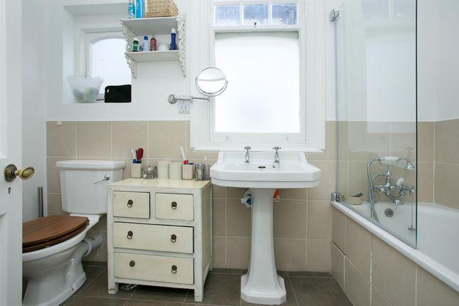 Bathroom 2 of Kirkstall Road, London SW2