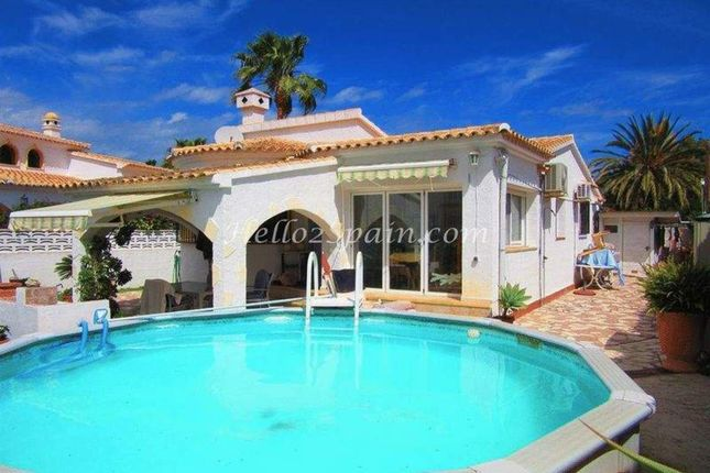Villa for sale in Els Poblets, Alicante, Spain