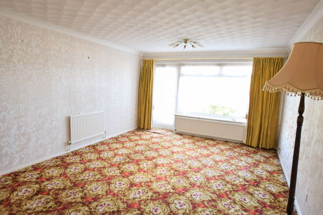Living Room of Golding Road, Eastbourne BN23