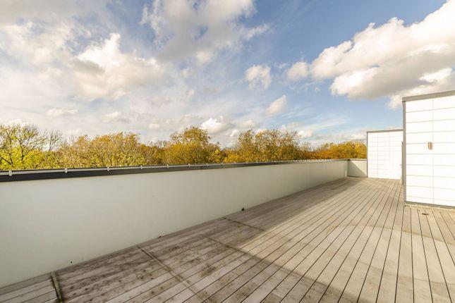 Thumbnail Flat to rent in East Acton Lane, Acton, London