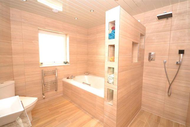 Bathroom of Lanreath, Looe, Cornwall PL13
