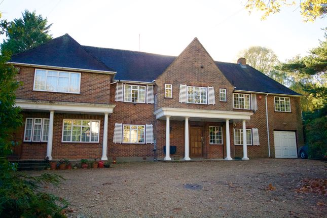 Thumbnail Detached house for sale in Kewferry Drive, Northwood