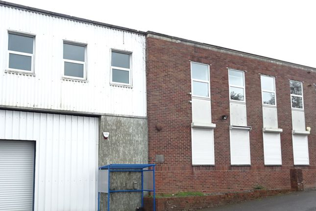 Thumbnail Office to let in Ystrad Road, Fforestfach