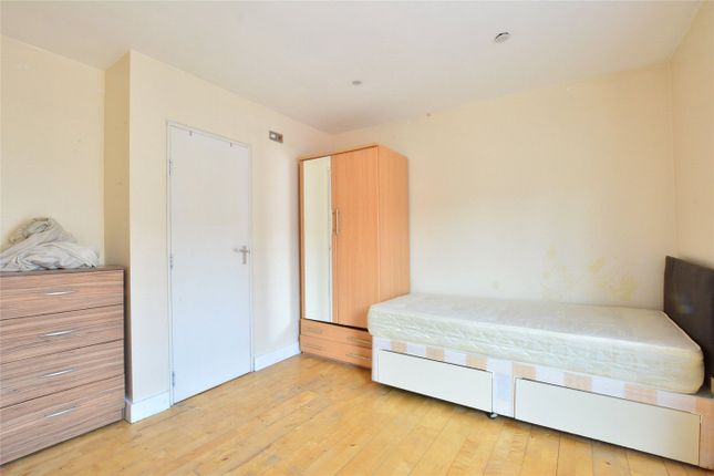Picture No. 07 of Angel Court, 11 Loampit Hill, London SE13