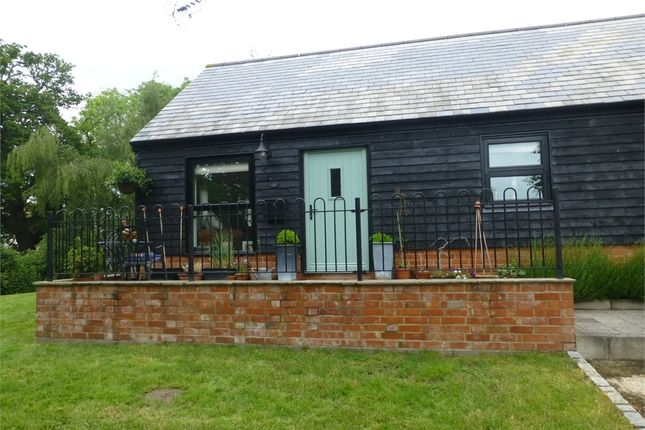 Thumbnail Cottage to rent in The Old Dairy, Manor Farm, Binfield Road, Wokingham, Berkshire