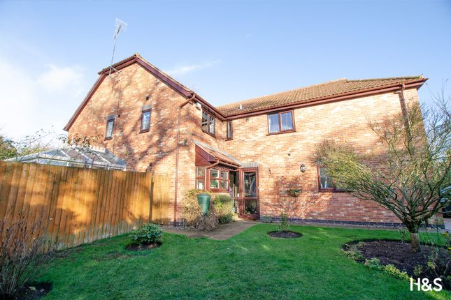 Thumbnail Detached house for sale in Swinbrook Way, Shirley, Solihull