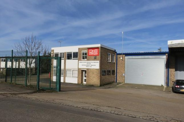 Thumbnail Light industrial to let in Unit 4, Cosgrove Way, Luton