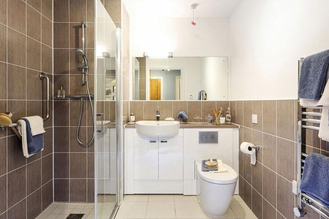 Thumbnail Flat for sale in 71 Albion Road, Bexleyheath