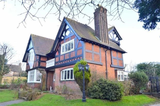Thumbnail Detached house for sale in Buxton Road, Leek