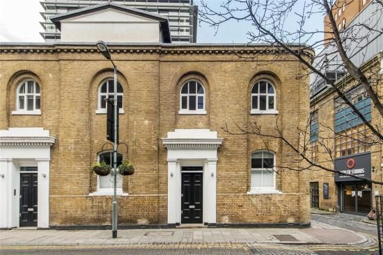 Thumbnail Maisonette for sale in Pepys House, The Bear Pit, Park Street, London