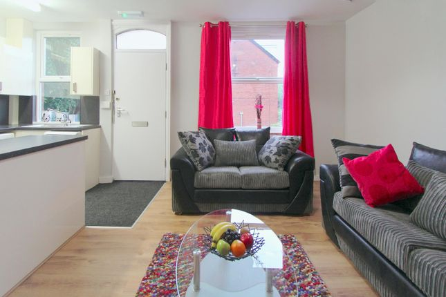 Thumbnail Property to rent in Granby Terrace, Headingley, Leeds
