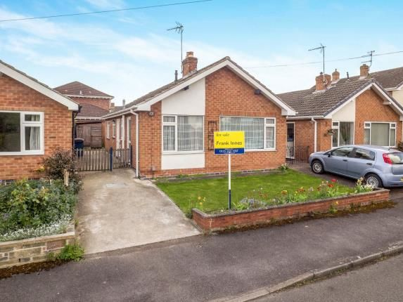 Thumbnail Bungalow for sale in Paddock Close, Radcliffe-On-Trent, Nottingham