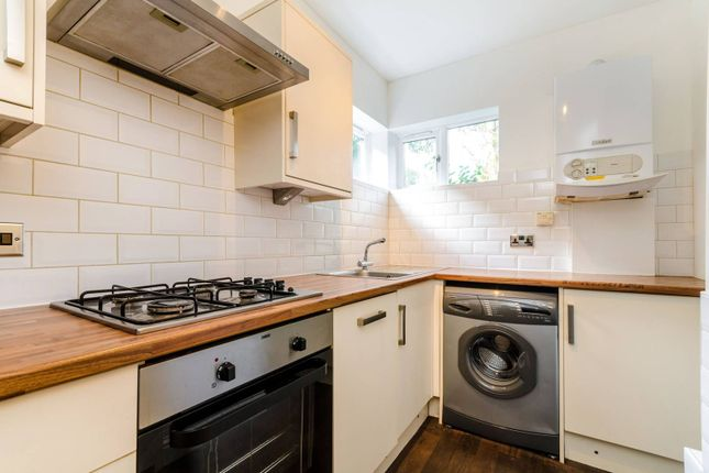 Thumbnail Flat to rent in Hook Road, Surbiton