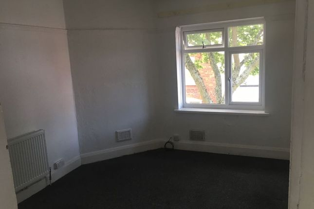 Thumbnail Shared accommodation to rent in Cambridge Street, Walsall