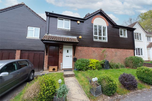2 bed flat for sale in Monarch Close, Basingstoke RG22