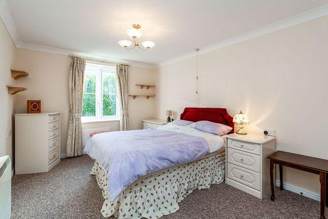 Bedroom of Castle Court, Hadlow Road, Tonbridge, Kent TN9