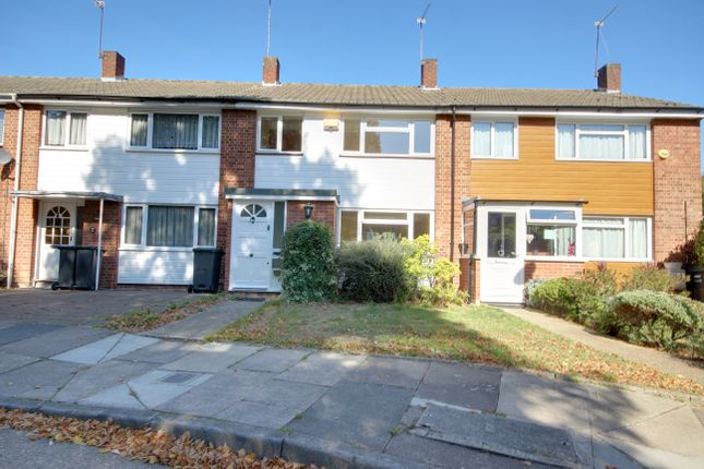 Thumbnail Terraced house for sale in Hydefield Close, Winchmore Hill