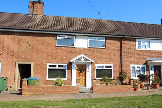 Thumbnail Terraced house for sale in Bankside Drive, Thames Ditton