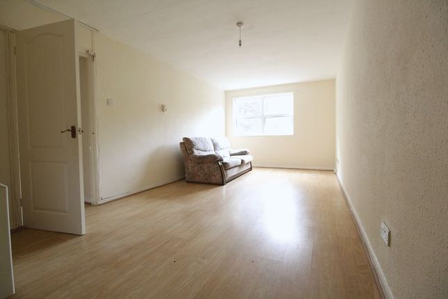 Photo 2 of Starpoint, Downs Road, Luton Town Centre LU1