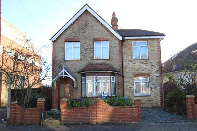 Thumbnail Property to rent in Lenelby Road, Tolworth, Surbiton