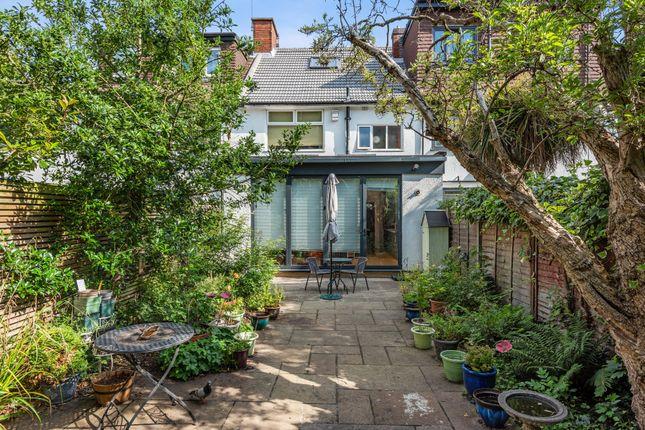 Thumbnail Terraced house for sale in Kelross Road, London
